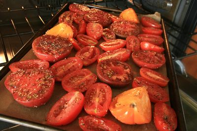 Roastingtomatoes