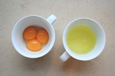 Charlotterousse_eggs