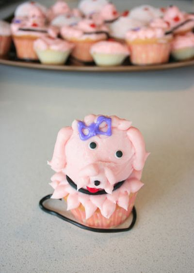 Pinkpoodle_cupcakes_1