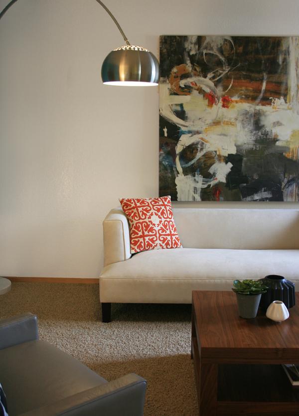 Sm_livingroom_couch_art