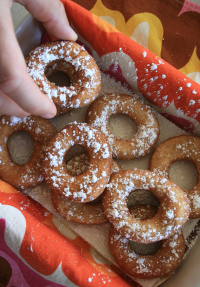 Homemade_donuts1