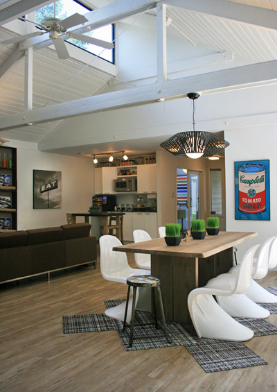 Rustic_modern_clubhouse_10