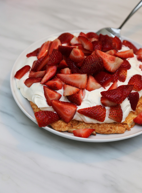 Coconutstrawberrymeringue1