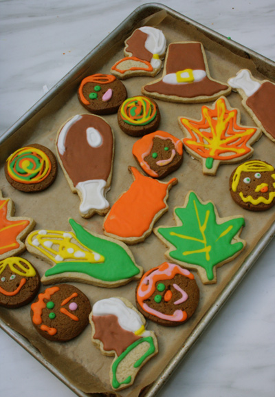 Thanksgiving_pilgram_cookies_pumpkin_spice_martha_stewart