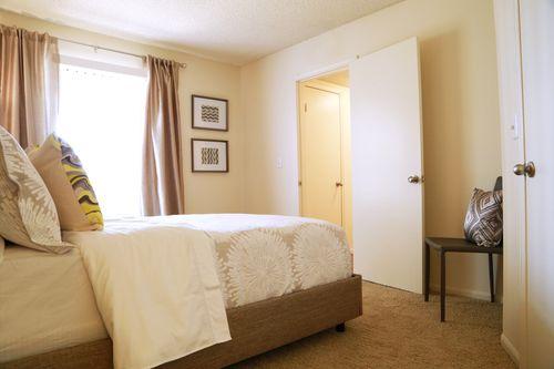 Keystone_sm_model_bedroom_3