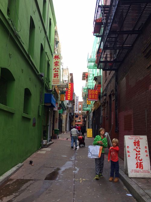 China_town_fortune_cookies_2