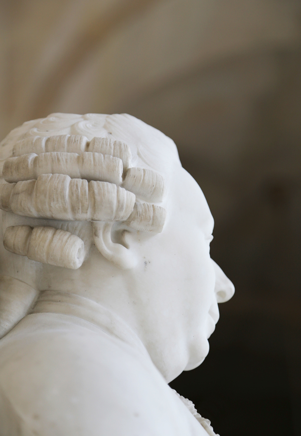 Busts_of_versailles_7