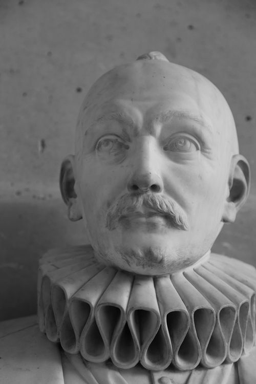 Busts_of_versailles_12