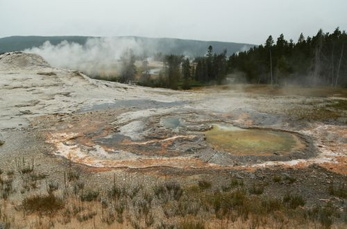 Yellowstone_geothermal_11