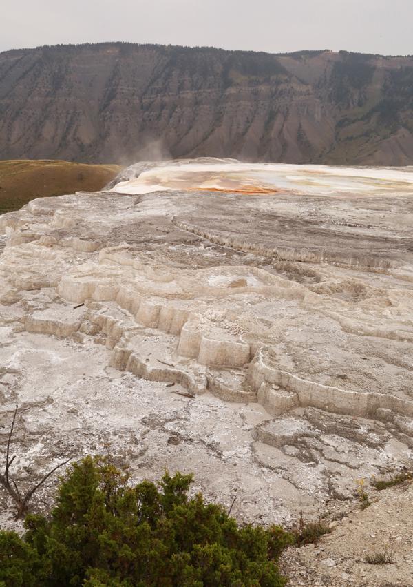 Yellowstone_geothermal_23