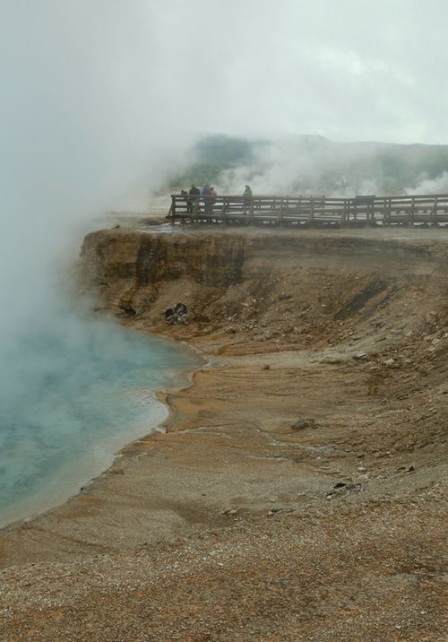 Yellowstone_geothermal_14