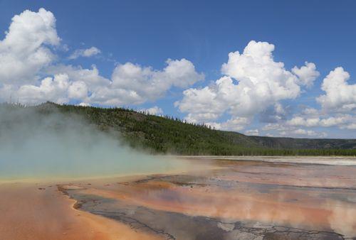 Yellowstone_geothermal_26