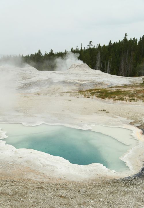 Yellowstone_geothermal_10
