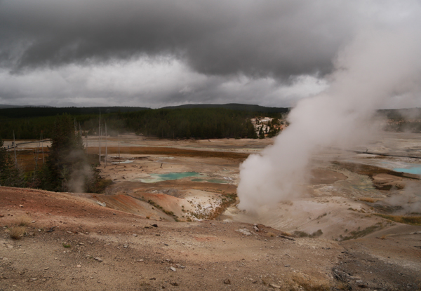 Yellowstone_geothermal_15