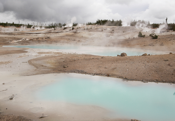 Yellowstone_geothermal_17