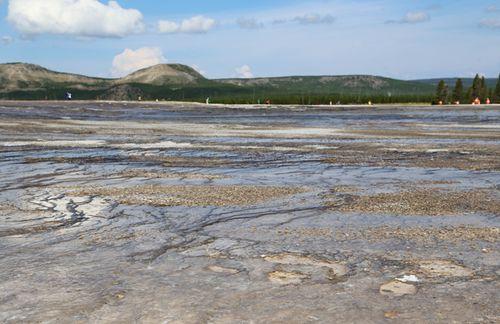 Yellowstone_geothermal_25