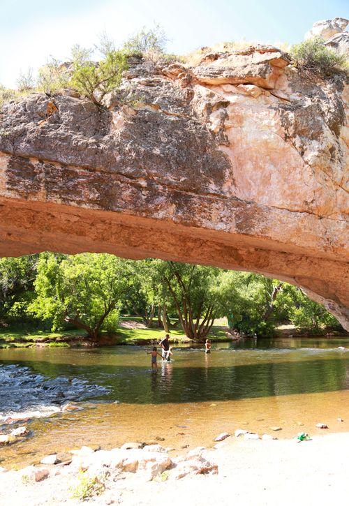 Ayres_natural_bridge_2
