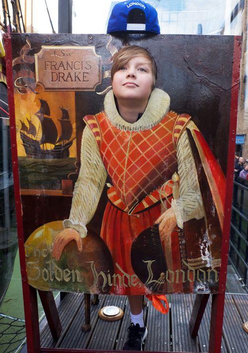 Sir_francis_drake_0