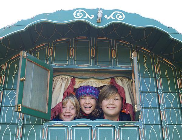 Gypsy_caravan_wanderlust_2